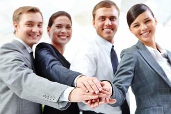 Rodeate de Gente Feliz en el trabajo