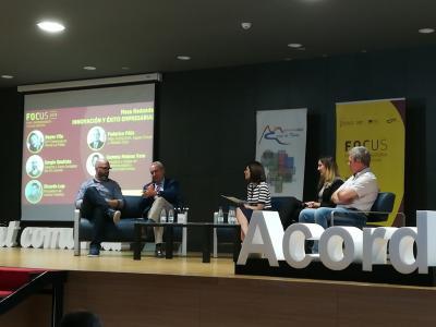 Mesa redonda Innovación y Éxito Empresarial
